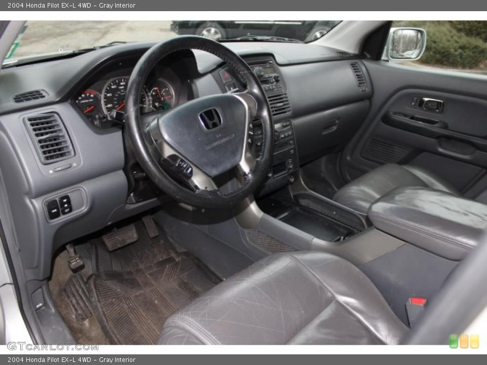 Gray Interior Photo for the 2004 Honda Pilot EX-L 4WD #76216552