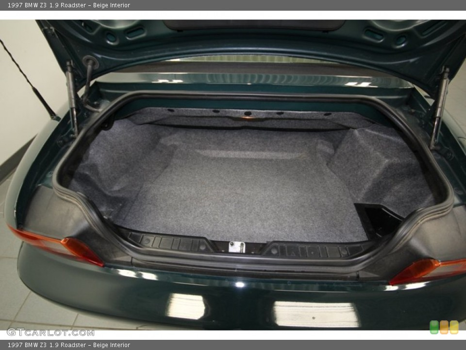 Beige Interior Trunk for the 1997 BMW Z3 1.9 Roadster #76473968