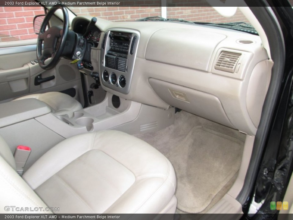 Medium Parchment Beige Interior Photo for the 2003 Ford Explorer XLT AWD #76912173
