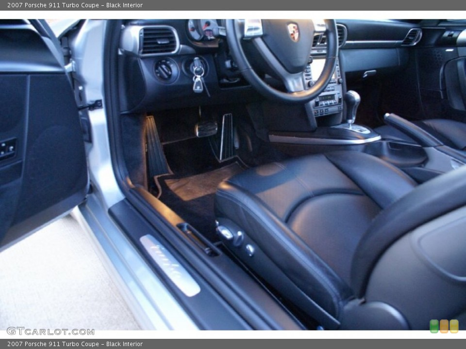 Black Interior Photo for the 2007 Porsche 911 Turbo Coupe #77013231