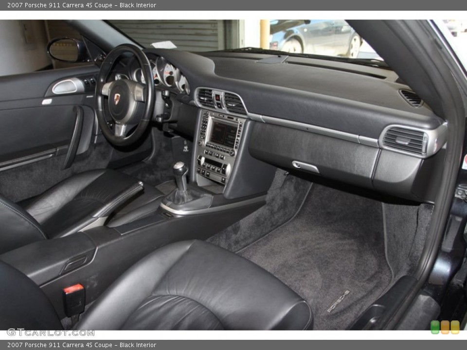 Black Interior Dashboard for the 2007 Porsche 911 Carrera 4S Coupe #77025115