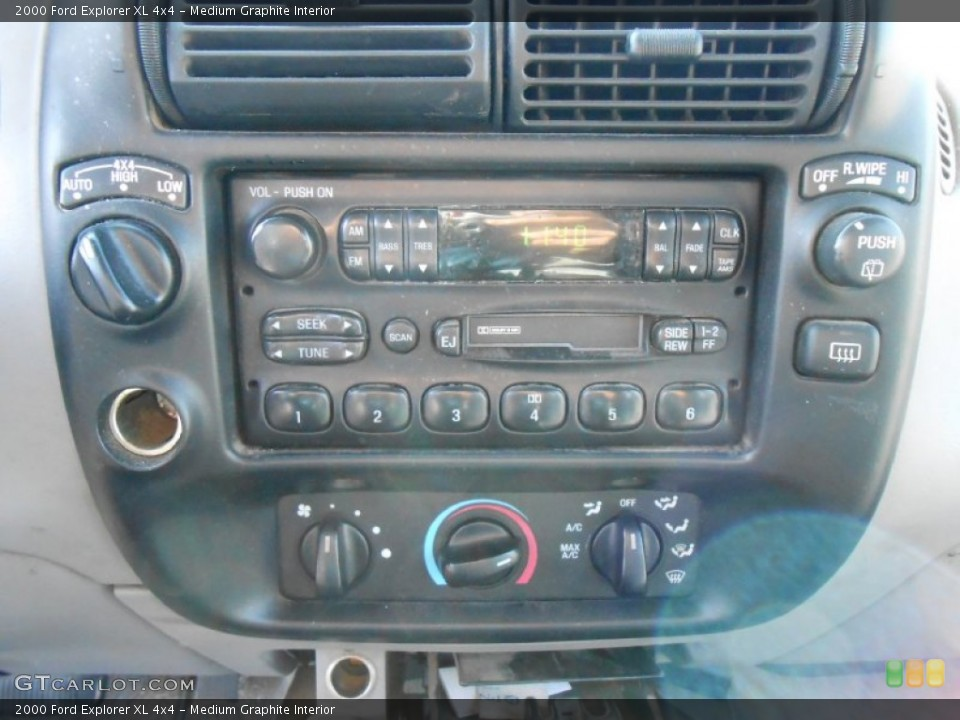 Medium Graphite Interior Controls for the 2000 Ford Explorer XL 4x4 #77824204