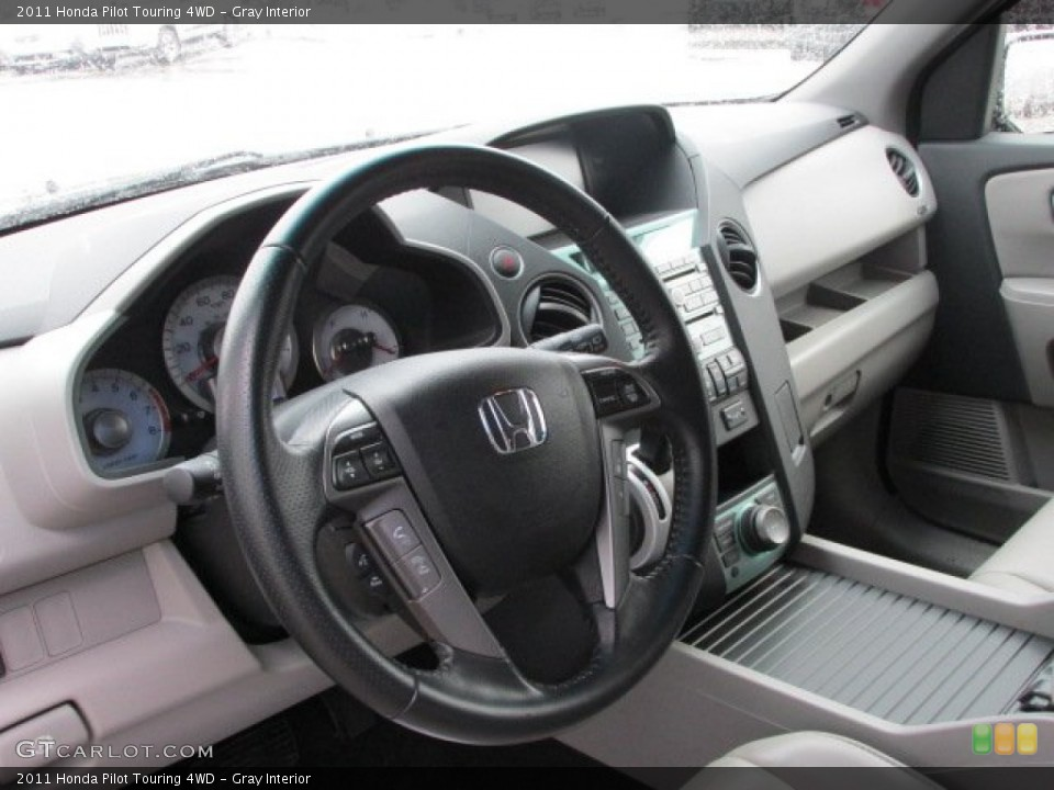Gray Interior Dashboard for the 2011 Honda Pilot Touring 4WD #78332183