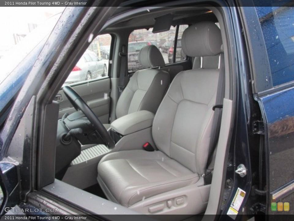 Gray Interior Photo for the 2011 Honda Pilot Touring 4WD #78332202
