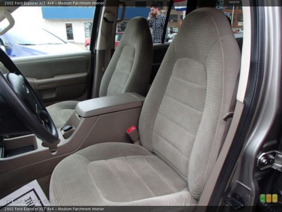 Medium Parchment Interior Photo for the 2002 Ford Explorer XLT 4x4 #79470022