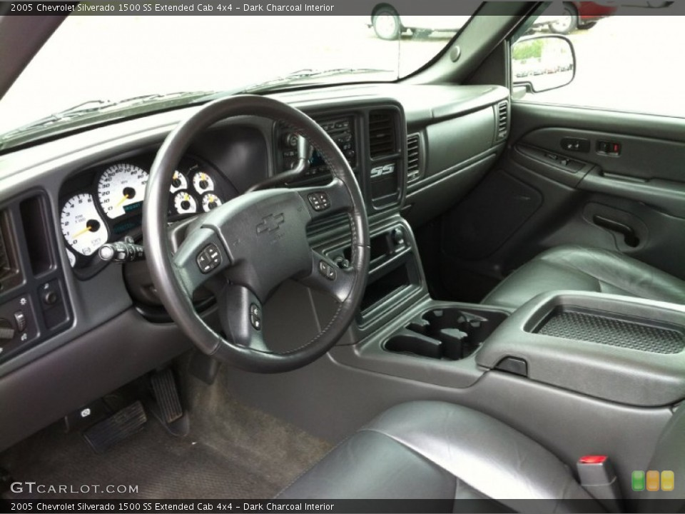 Dark Charcoal 2005 Chevrolet Silverado 1500 Interiors