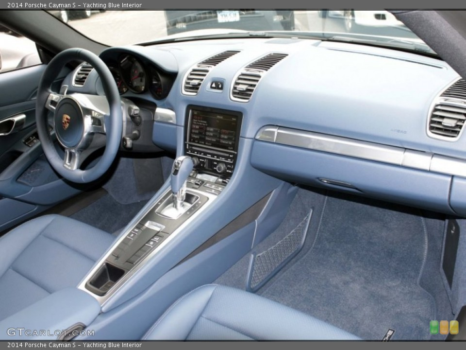 Yachting Blue Interior Photo for the 2014 Porsche Cayman S