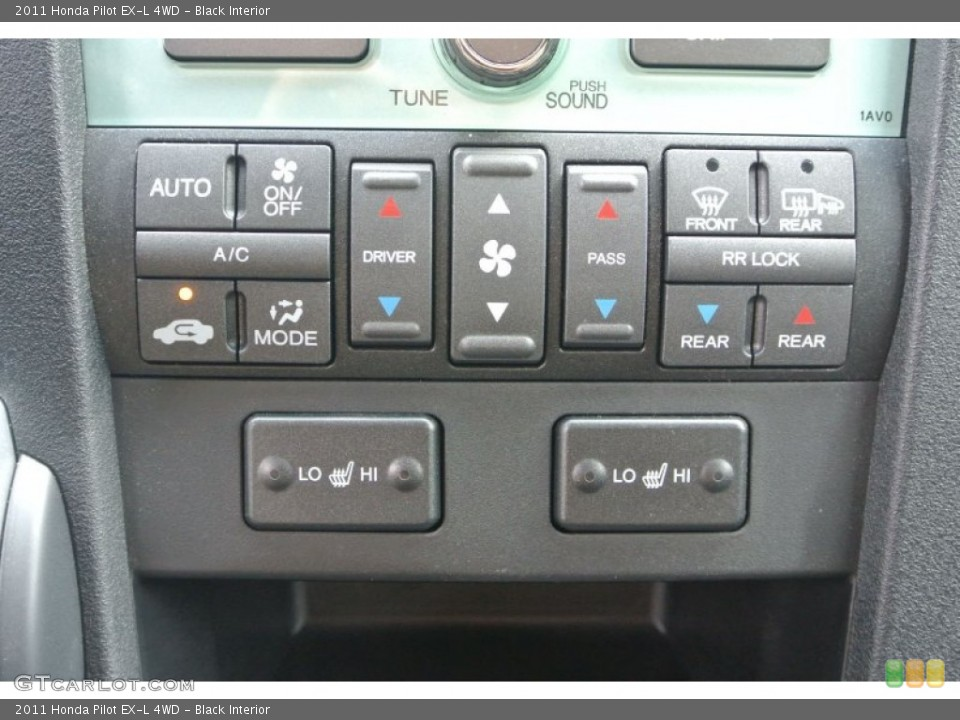 Black Interior Controls for the 2011 Honda Pilot EX-L 4WD #82421121