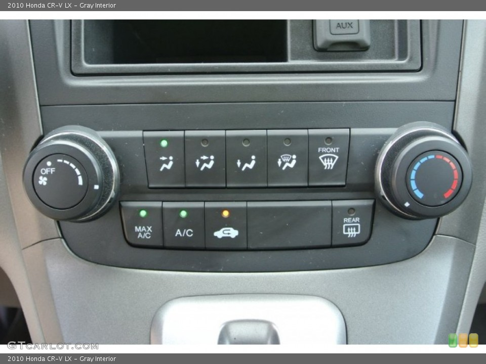 Gray Interior Controls for the 2010 Honda CR-V LX #83782012