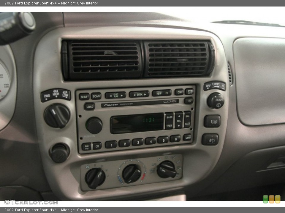 Midnight Grey Interior Controls for the 2002 Ford Explorer Sport 4x4 #84096566