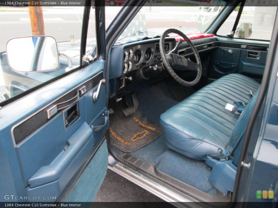 Blue Interior Photo for the 1984 Chevrolet C10 Scottsdale #84100472