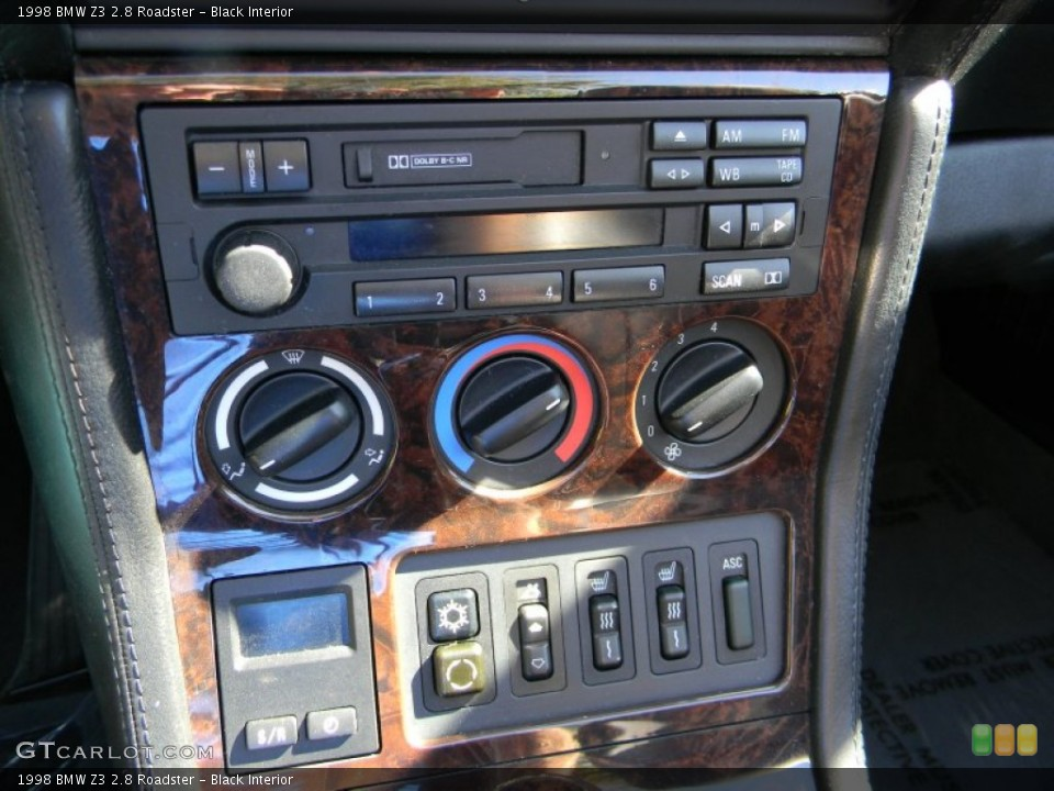 Black Interior Controls for the 1998 BMW Z3 2.8 Roadster #85960758