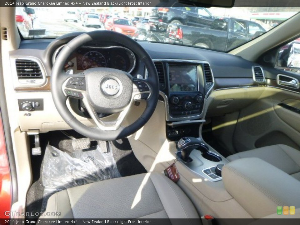 New Zealand Black/Light Frost 2014 Jeep Grand Cherokee Interiors