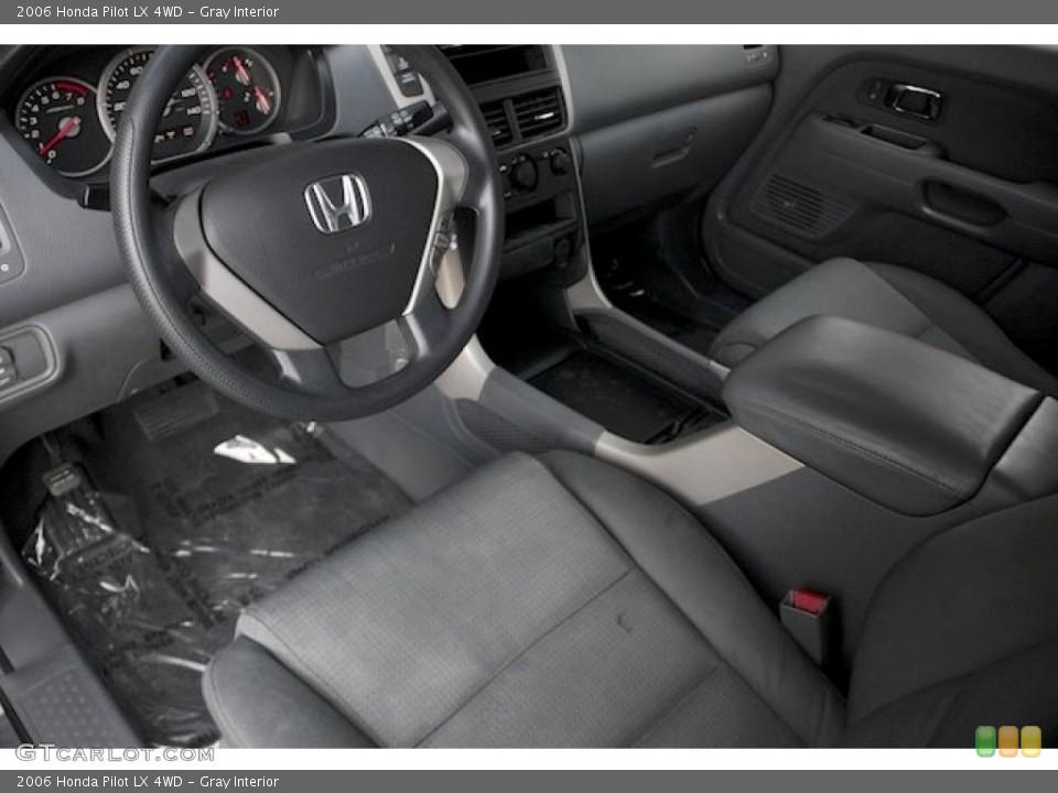 Gray 2006 Honda Pilot Interiors