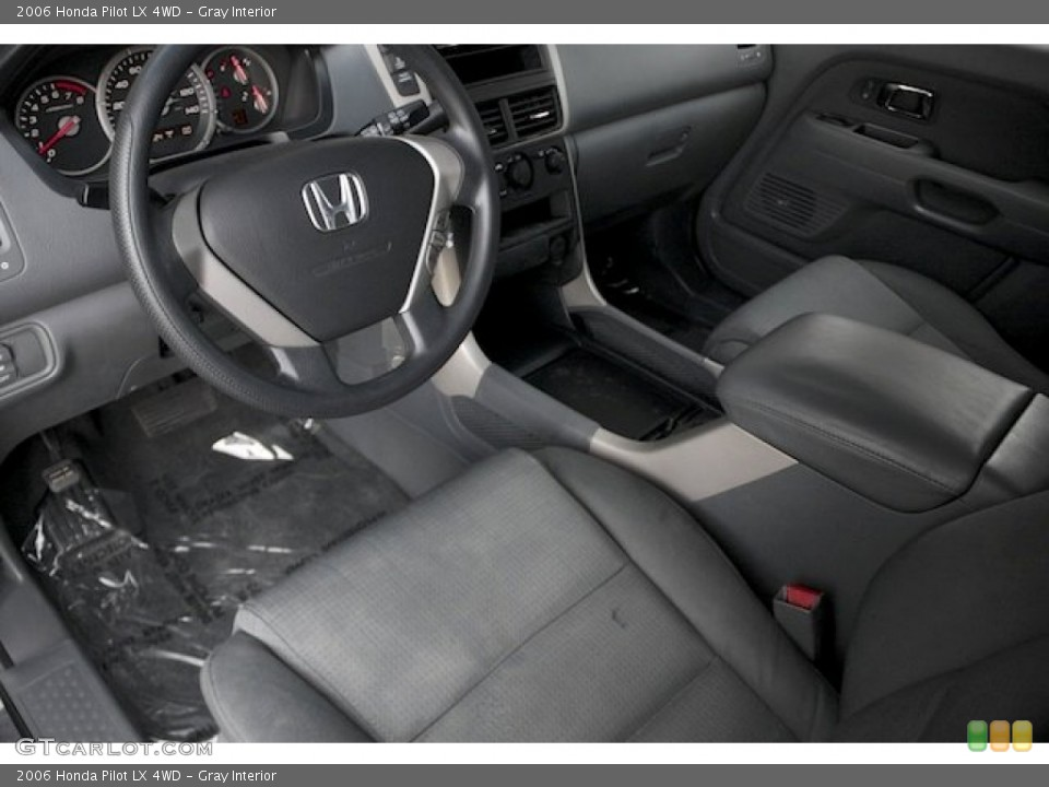 Gray Interior Prime Interior for the 2006 Honda Pilot LX 4WD #90776145