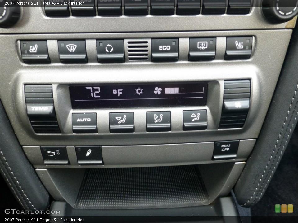 Black Interior Controls for the 2007 Porsche 911 Targa 4S #93630414