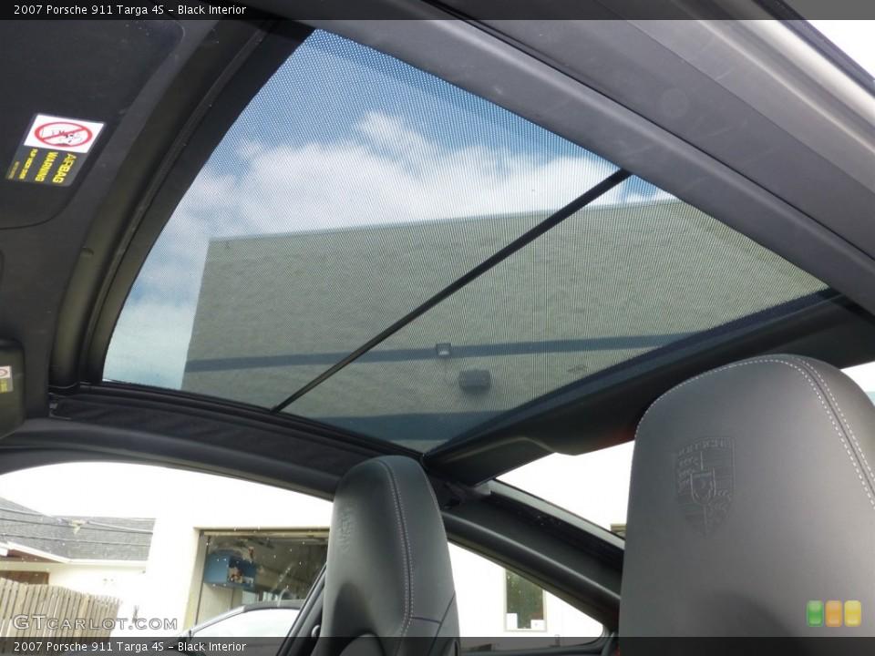 Black Interior Sunroof for the 2007 Porsche 911 Targa 4S #93630447