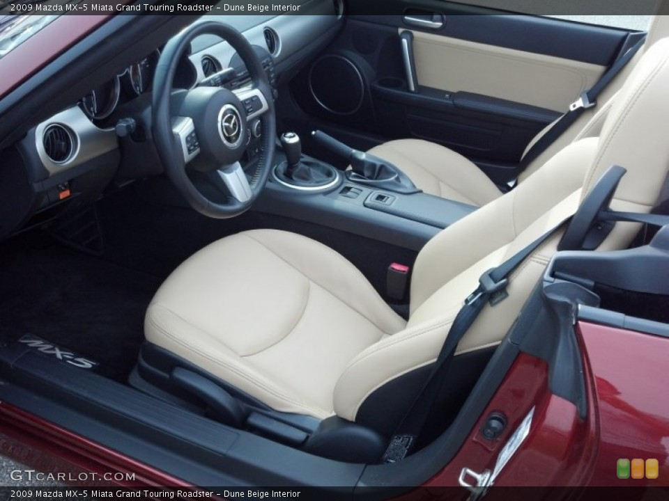 Dune Beige 2009 Mazda MX-5 Miata Interiors