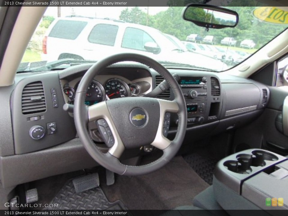 Ebony Interior Dashboard for the 2013 Chevrolet Silverado 1500 LT Extended Cab 4x4 #95203232