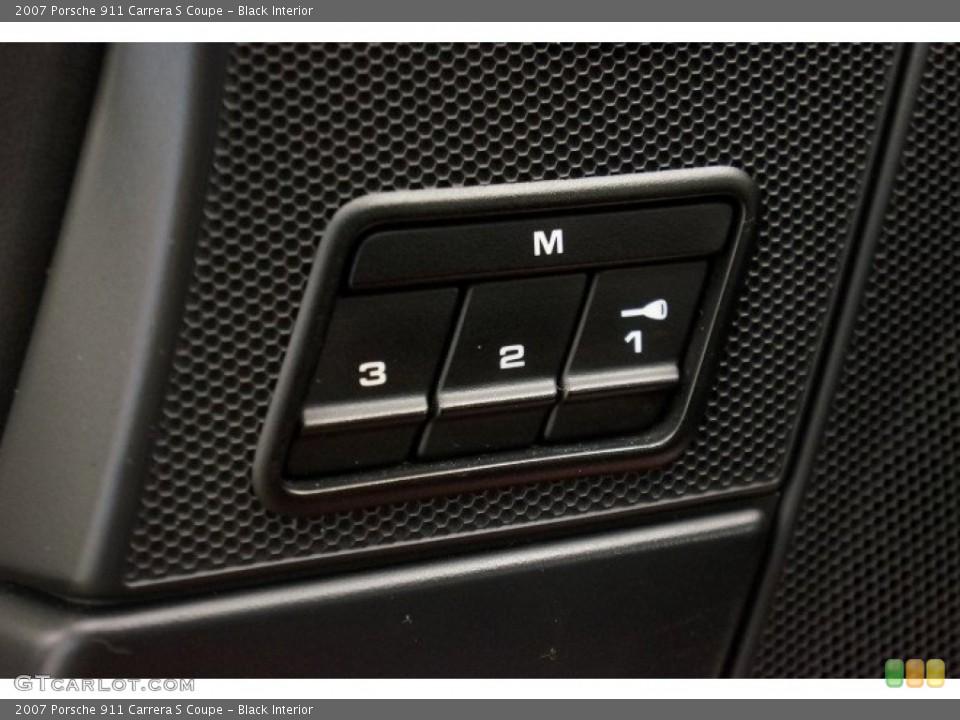 Black Interior Controls for the 2007 Porsche 911 Carrera S Coupe #96908662