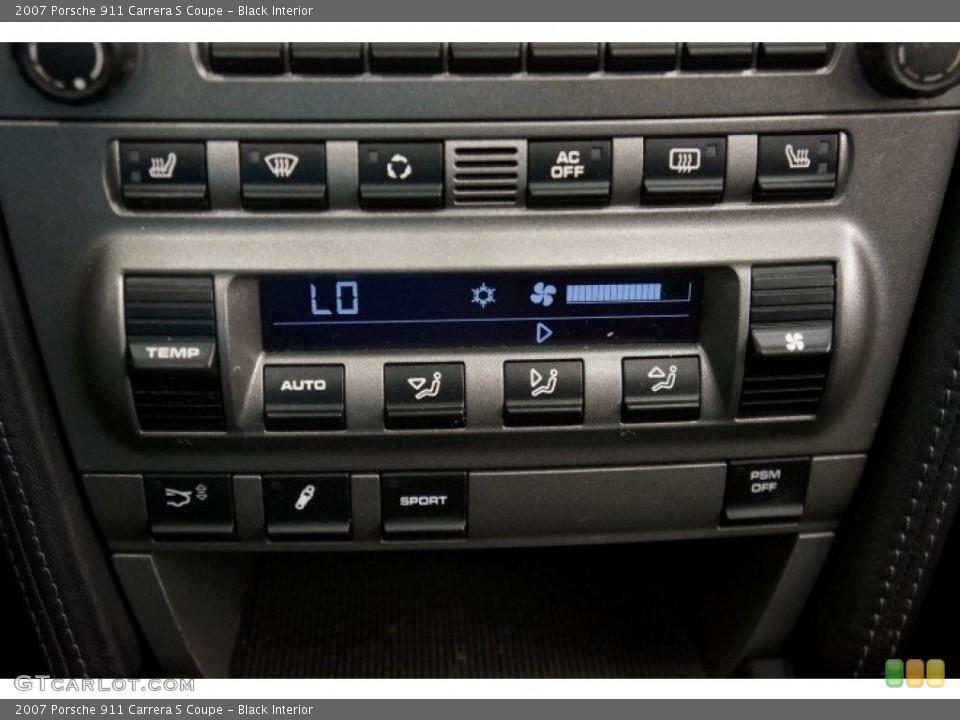 Black Interior Controls for the 2007 Porsche 911 Carrera S Coupe #96908785