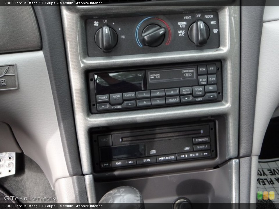 Medium Graphite Interior Controls for the 2000 Ford Mustang GT Coupe #99620910