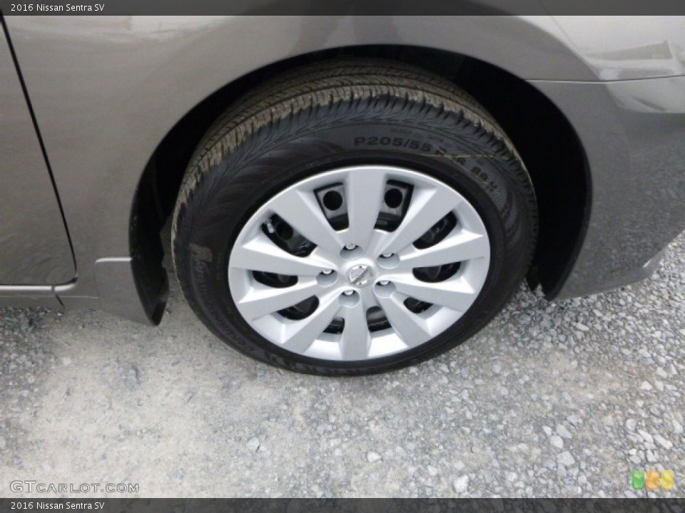 2016 Nissan Sentra Wheels and Tires