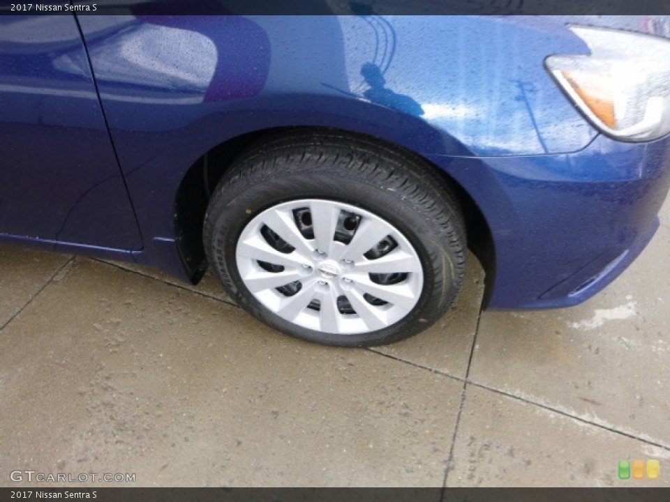 2017 Nissan Sentra Wheels and Tires