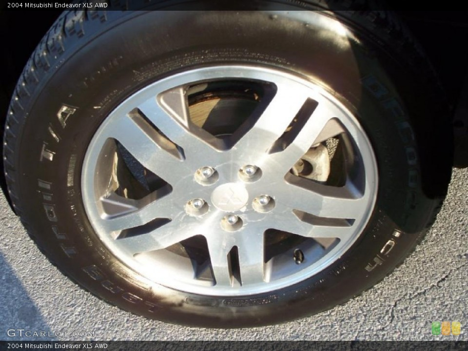 2004 Mitsubishi Endeavor XLS AWD Wheel and Tire Photo #42226232
