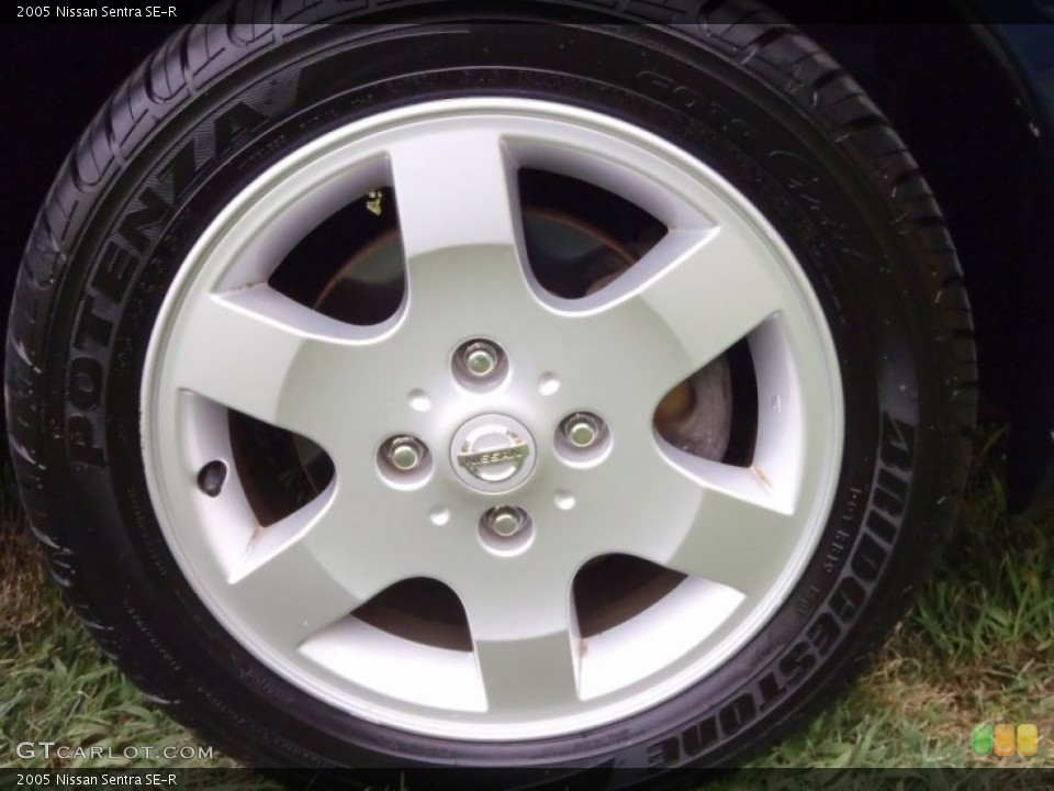 2005 Nissan Sentra SE-R Wheel and Tire Photo #52486544