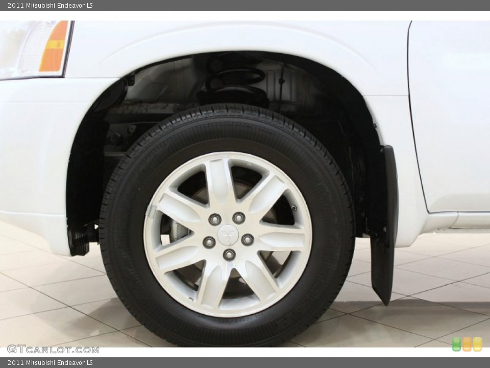 2011 Mitsubishi Endeavor LS Wheel and Tire Photo #62839035