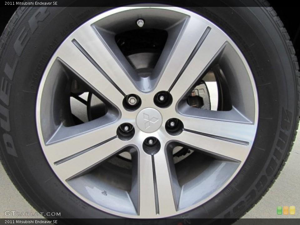 2011 Mitsubishi Endeavor SE Wheel and Tire Photo #73541477