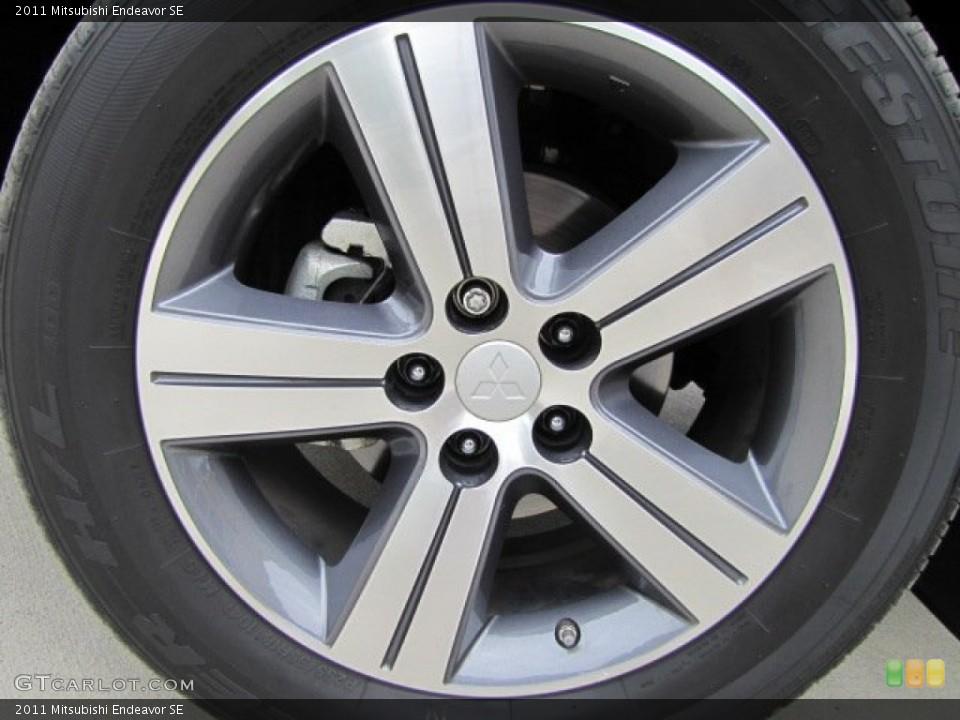 2011 Mitsubishi Endeavor SE Wheel and Tire Photo #73541504