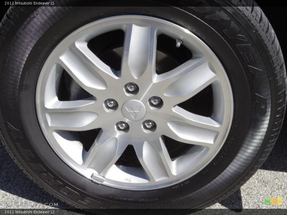 2011 Mitsubishi Endeavor LS Wheel and Tire Photo #76200595