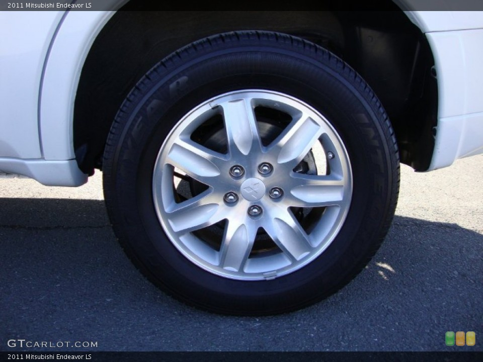 2011 Mitsubishi Endeavor Wheels and Tires