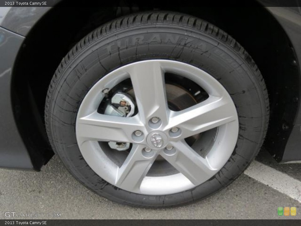 2013 toyota camry se wheel and tire photo 80715746. Black Bedroom Furniture Sets. Home Design Ideas