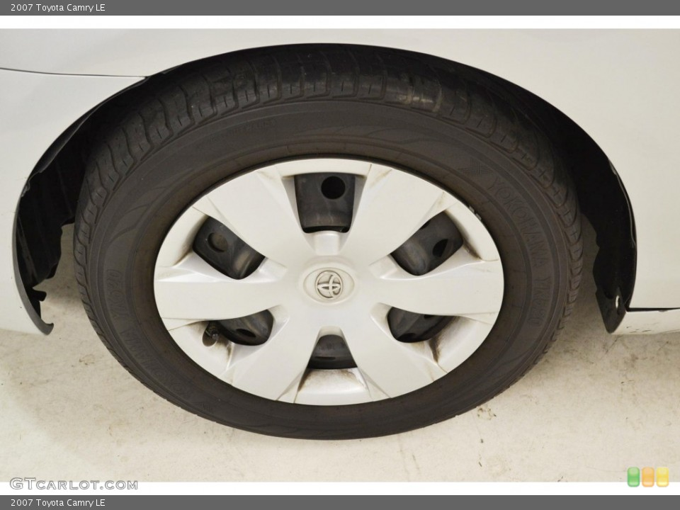 2007 Toyota Camry LE Wheel And Tire Photo 85076381