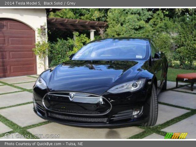 2014 Tesla Model S  in Black Solid