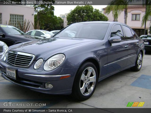 Platinum blue metallic 2005 mercedes benz e 320 sedan for Platinum mercedes benz