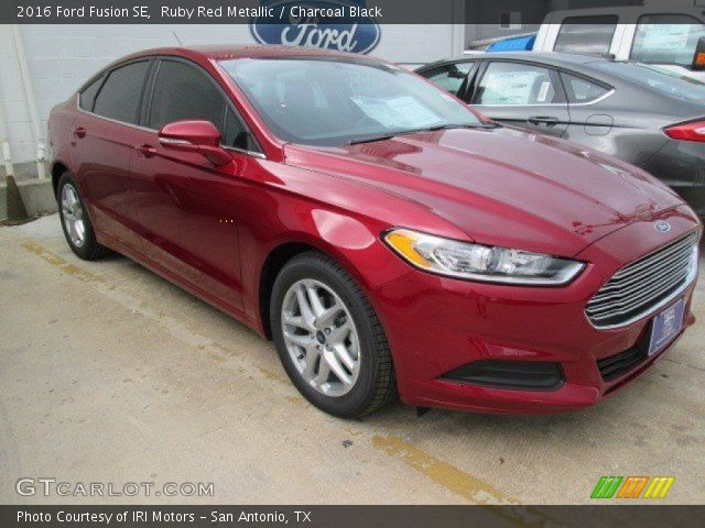 ruby red metallic 2016 ford fusion se charcoal black interior vehicle. Black Bedroom Furniture Sets. Home Design Ideas