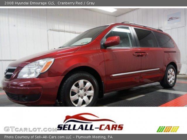 2008 Hyundai Entourage GLS in Cranberry Red