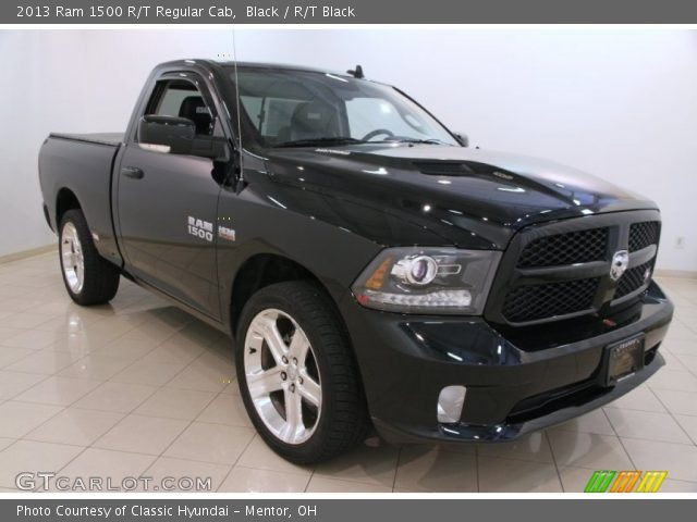 2013 Ram 1500 R/T Regular Cab in Black