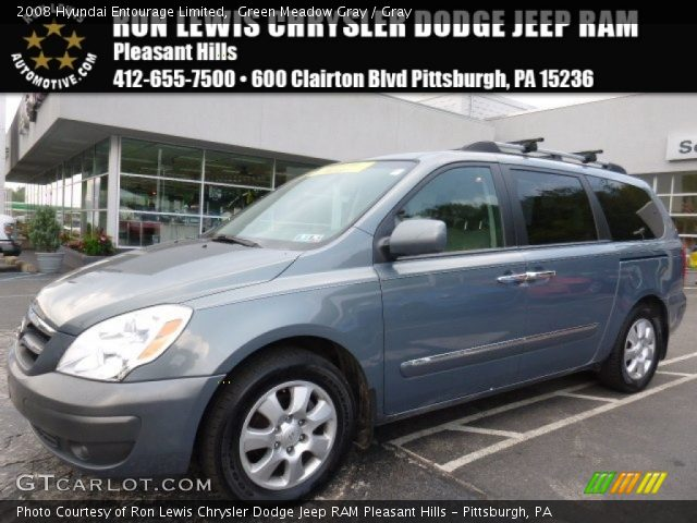 2008 Hyundai Entourage Limited in Green Meadow Gray