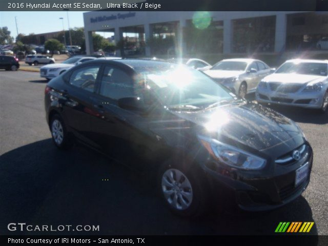 2016 Hyundai Accent SE Sedan in Ultra Black
