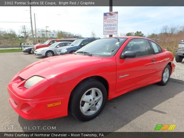 2002 Pontiac Sunfire SE Coupe in Bright Red
