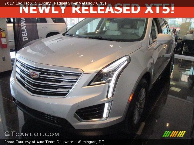 Radiant Silver Metallic 2017 Cadillac Xt5 Luxury Cirrus Interior Vehicle