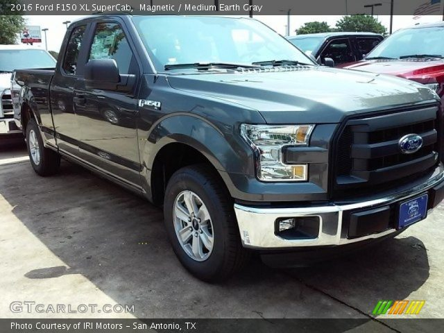 2016 Ford F150 XL SuperCab in Magnetic