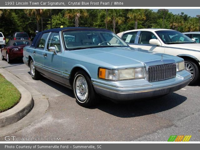 crystal blue frost pearl 1993 lincoln town car signature white interior. Black Bedroom Furniture Sets. Home Design Ideas