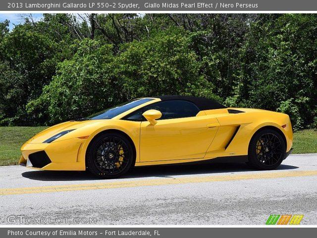 2013 Lamborghini Gallardo LP 550-2 Spyder in Giallo Midas Pearl Effect