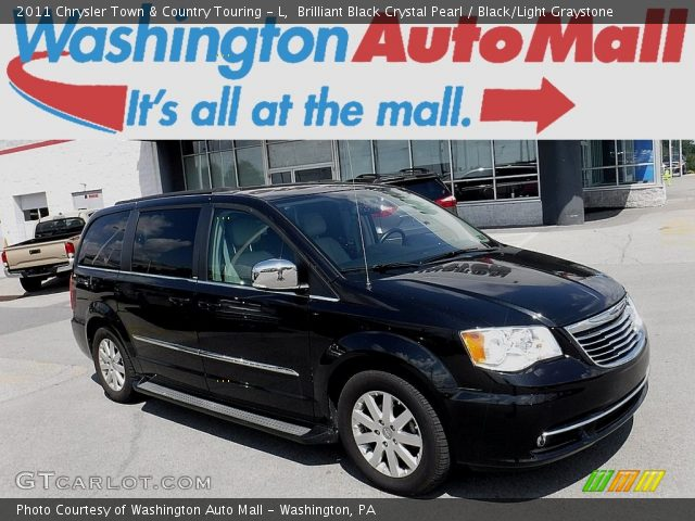 2011 Chrysler Town & Country Touring - L in Brilliant Black Crystal Pearl